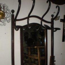 Antigüedades: ESPEJO CON PERCHERO TONET. Lote 56734433