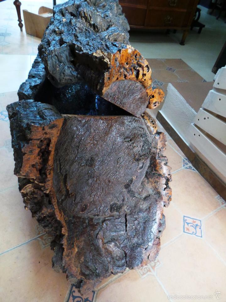 Antigüedades: ARTESANAL BAÚL DE CORCHO CON FORMA DE TRONCO - Foto 8 - 56799297