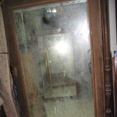 Antigüedades: ANTIGUO ARMARIO MADERA PARA RESTAURAR PUERTA CENTRAL CRISTAL 2 CAJONES MEDIDA 230 X 103 X 44 CM.. Lote 56835422
