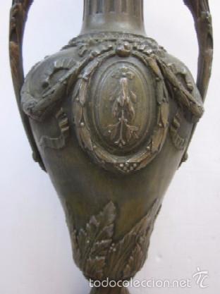Antigüedades: JARRON FLORERO EN METAL BRONCEADO - ESTILO ISABELINO - Foto 7 - 56847870