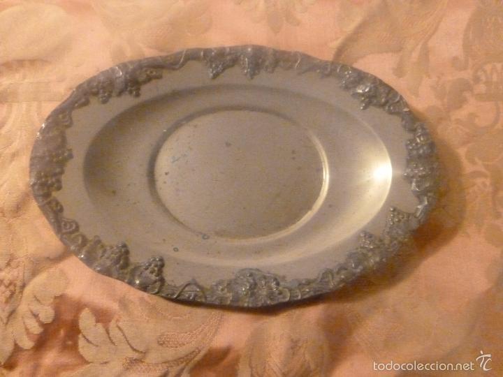 BANDEJA DE METAL INGLES (Antigüedades - Plateria - Varios)