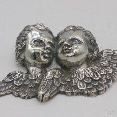 Antigüedades: BELLOS ANGELITOS ANTIGUOS EN RELIEVE DE PLATA DE LEY CINCELADA A MANO, EPOCA ART NOUVEAU .. Lote 56921948