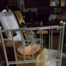 Antigüedades: ANTIGUA CAMA DE METAL DE 90CM. Lote 56929029