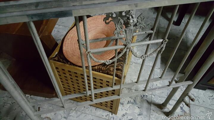 Antigüedades: Antigua cama de metal de 90cm - Foto 3 - 56929029