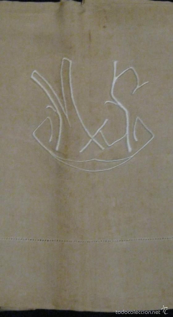 ANTIGUA SÁBANA DE CÁÑAMO CON VAINICA E INICIALES BORDADAS A MANO PPIO.S.XX (Antigüedades - Hogar y Decoración - Sábanas Antiguas)