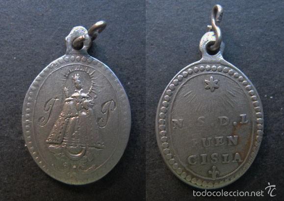MEDALLA RELIGIOSA ANTIGUA NUESTRA SEÑORA DE FUENCISLA PLATA SIGLO XIX (Antigüedades - Religiosas - Medallas Antiguas)
