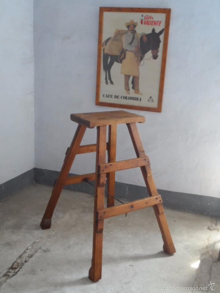 Mueble escalera plegable taburete altura snack - Sold at Auction ...