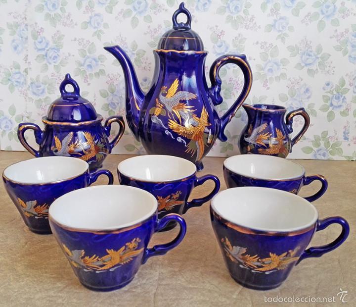 Antigüedades: juego te cafe porcelana tazas platos tetera azul y dorado japon EIHO - Foto 3 - 56994639
