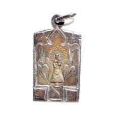 Antigüedades: MEDALLA DE PLATA CINCELADA A MANO, RECUERDO DE ALHAMA. 4 CM DE ALTO. Lote 57042474