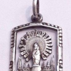 Antigüedades: BONITO COLGANTE DE LA VIRGEN CON LA CATEDRAL DE FONDO. Lote 57073382