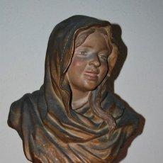 Antigüedades: PRECIOSO BUSTO MODERNISTA - FIGURA DE MUJER CON CAPA Y CAPUCHA - MODERNISMO - ART NOUVEAU - C. 1880. Lote 57074989