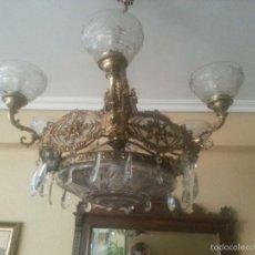Antigüedades: LAMPARA DE BRONCE Y CRISTAL. Lote 57096876