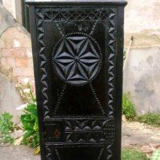 Antigüedades: ALACENA MUY ANTIGUA DE CASTAÑO. Lote 57102756