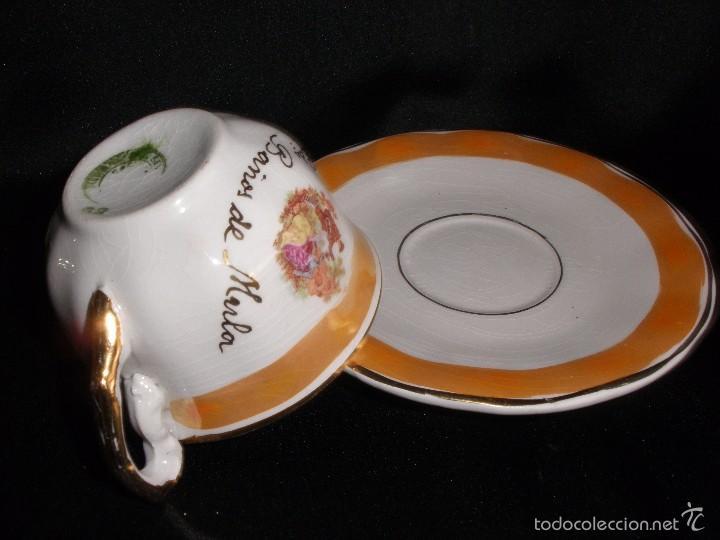 Antigüedades: Juego de taza de café en porcelana de reflejos nacarada Pickman de Recuerdo Baños de Mula - Foto 2 - 57123185