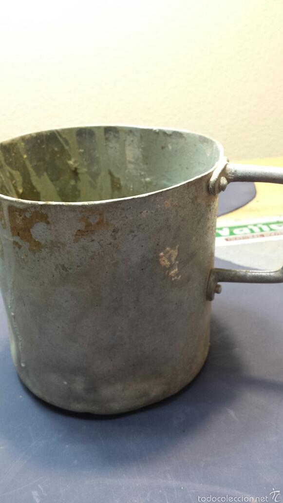 Antigüedades: Antigua jarra de aluminio - Foto 2 - 57124778