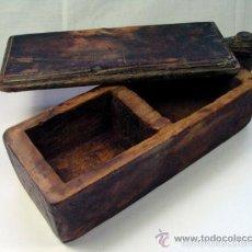 Antigüedades: ANTIGUO SALERO ESPECIERO EN MADERA PROCEDENCIA ASTURIAS ETNOGRAFIA . Lote 57129197