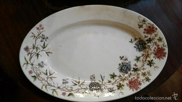 BANDEJA ANTIGUA DE LA CARTUJA (Antigüedades - Porcelanas y cerámicas - La Cartuja Pickman)