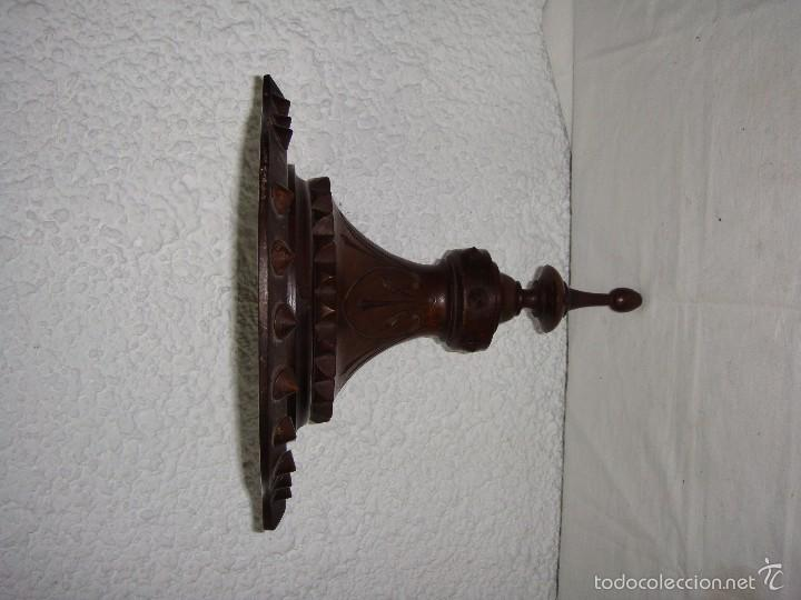 Antigüedades: Antigua Repisa Esquinera. S.XIX. Tallado en madera de - Foto 4 - 57160366