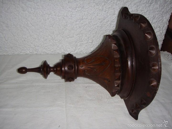 Antigüedades: Antigua Repisa Esquinera. S.XIX. Tallado en madera de - Foto 5 - 57160366