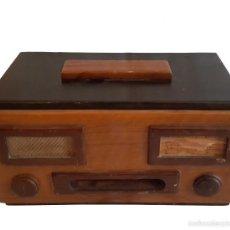 Antigüedades: ANTIGUA CAJA DE NOGAL, IMITANDO RADIO, TABAQUERA.. Lote 57167697