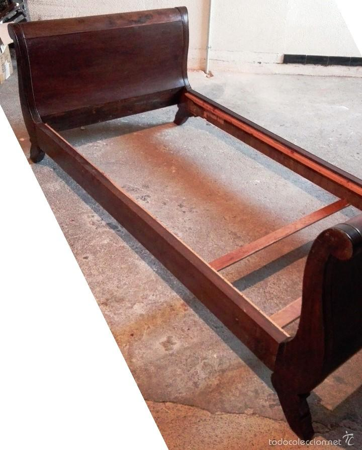cama tipo barco estilo imperio en madera de rob - Comprar Camas ...
