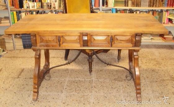 Antigüedades: mesa de despacho en nogal pata lira - Foto 2 - 57225071