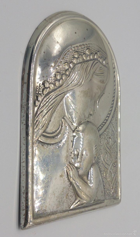 Antigüedades: Imagen de la Virgen María y el niño en plata de ley laminada y contrastada . - Foto 2 - 57240084