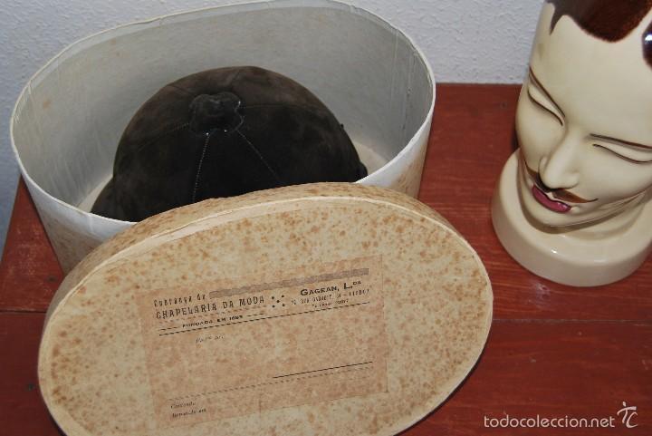 Antigüedades: CASCO DE EQUITACIÓN EN SOMBRERERA ORIGINAL - SOMBRERO HÍPICA - GAGEAN - CHAPELARIA DA MODA - LISBOA - Foto 12 - 57252900