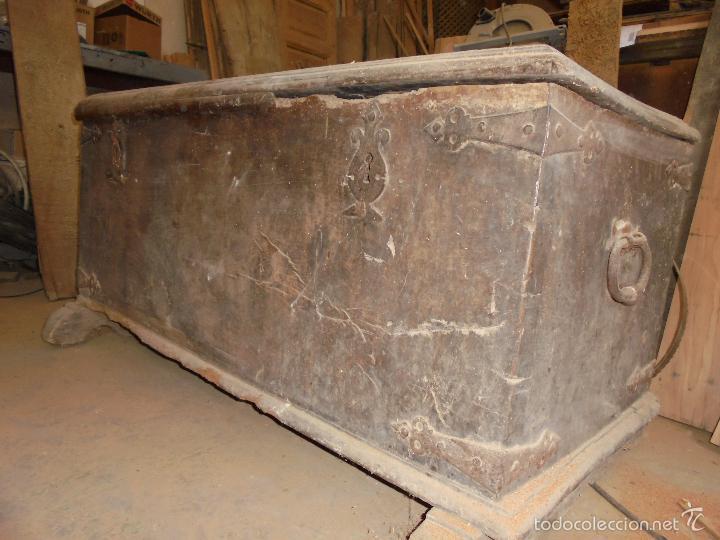 Antigüedades: Arca de nogal del S XVI - Foto 28 - 56302394