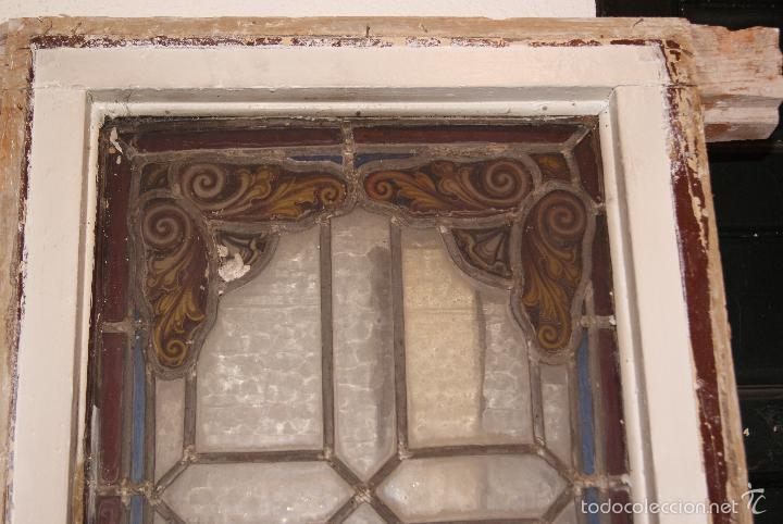Antigüedades: VIDRIERA EMPLOMADA MEDIADOS DEL SIGLO XIX .VIENE MONTADA EN VENTANA DE DOS HOJAS - Foto 4 - 57303074