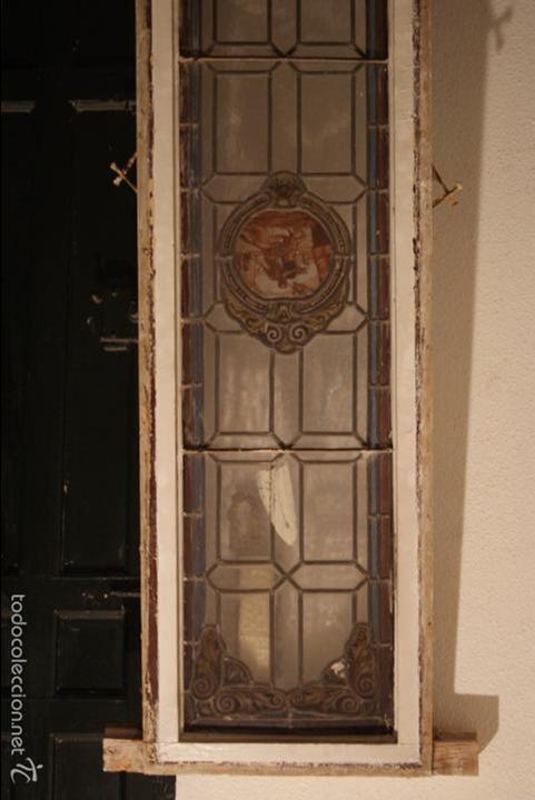 VIDRIERA EMPLOMADA MEDIADOS DEL SIGLO XIX .VIENE MONTADA EN PUERTA (Antigüedades - Cristal y Vidrio - Otros)