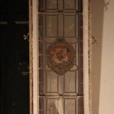 Antigüedades: VIDRIERA EMPLOMADA MEDIADOS DEL SIGLO XIX .VIENE MONTADA EN PUERTA . Lote 57303090