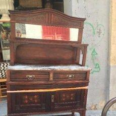 Antigüedades: FANTASTICO APARADOR MODERNISTA 2 CUERPOS Y TAPA DE MARMOL. Lote 58272828