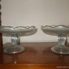 Antigüedades: PAREJA DE FRUTEROS DE CRISTAL PRENSADO. Lote 57327555