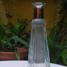Antigüedades: LICORERA DE VIDRIO PRENSADO. Lote 57378629