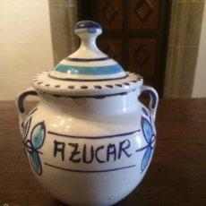 Antigüedades: ANTIGUO AZUCARERO / AZUCARERA DE PORCELANA BLANCA Y AZUL AÑOS 60-70 . Lote 57410110