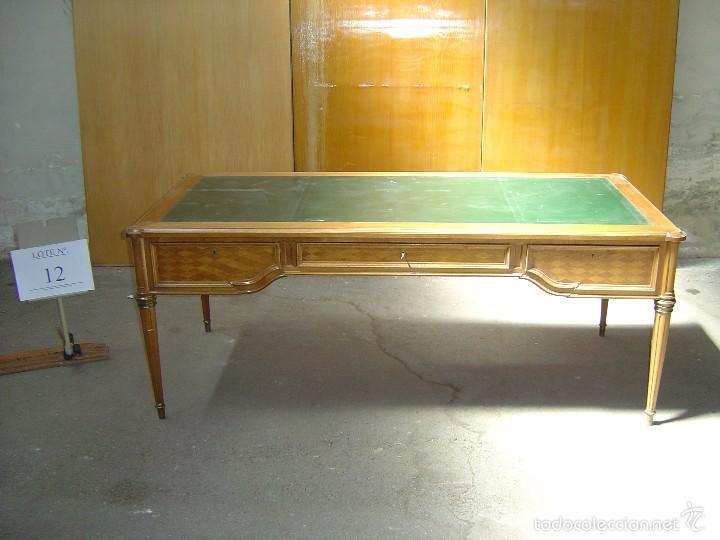 MESA DE DESPACHO CON REMATES EN MARQUETERÍA (Antigüedades - Muebles Antiguos - Mesas de Despacho Antiguos)
