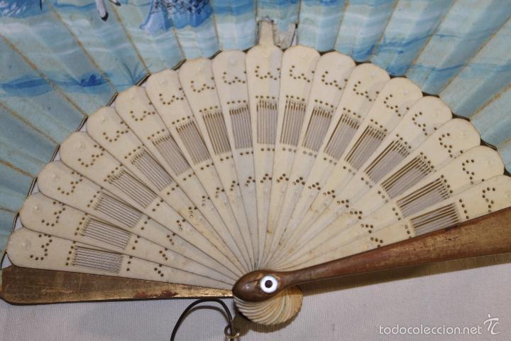 Antigüedades: ABANICO FRANCÉS EN HUESO CALADO Y PAPEL PINTADO A MANO - CIRCA 1850 - Foto 4 - 57470502