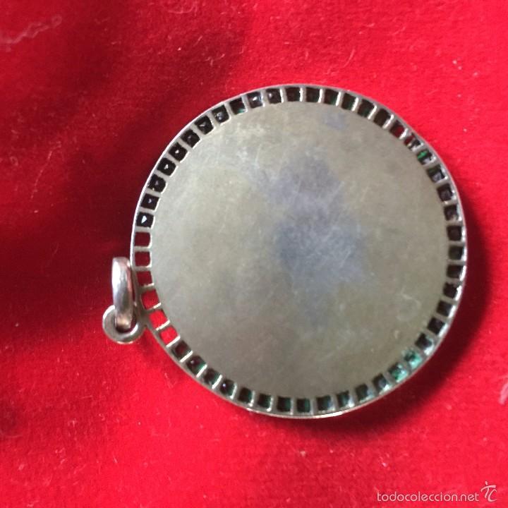 Antigüedades: gran medalla virgen del pilar plata dorada y esmeraldas - Foto 3 - 226298430