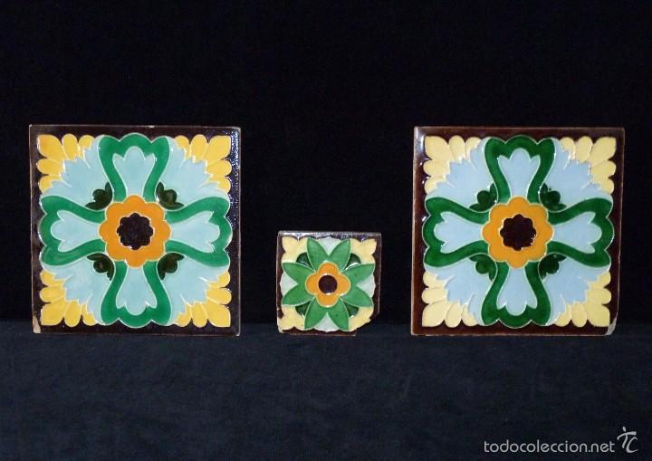 Antigüedades: LOTE DE 3 AZULEJOS MODERNISTAS CUERDA SECA 15x15/7,5x7,5 cm. MANISES VALENCIA AÑOS 20 - Foto 2 - 57535176