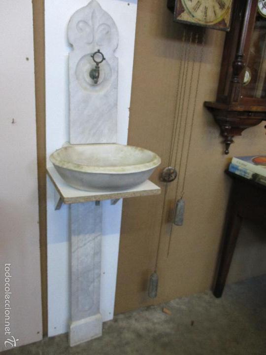 Antigua fuente con pila lavamanos m rmol de c comprar - Grifos para lavamanos ...