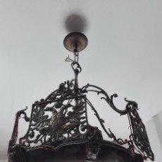 Antiquités: IMPONENTE LÁMPARA DE DESPACHO EN BRONCE MACIZA - PANTALLAS AGUILA BICÉFALA Y CORONA - CABEZAS - . Lote 57544409