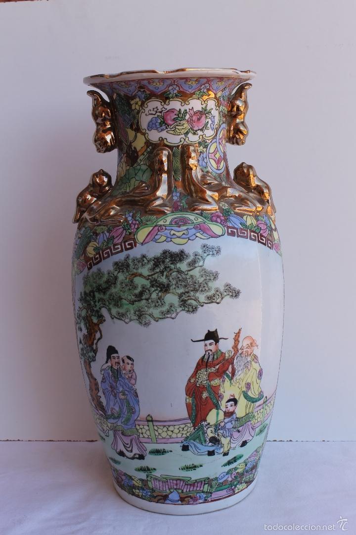 JARRON DE PORCELANA CHINA AÑOS 70. (Antigüedades - Porcelanas y Cerámicas - China)