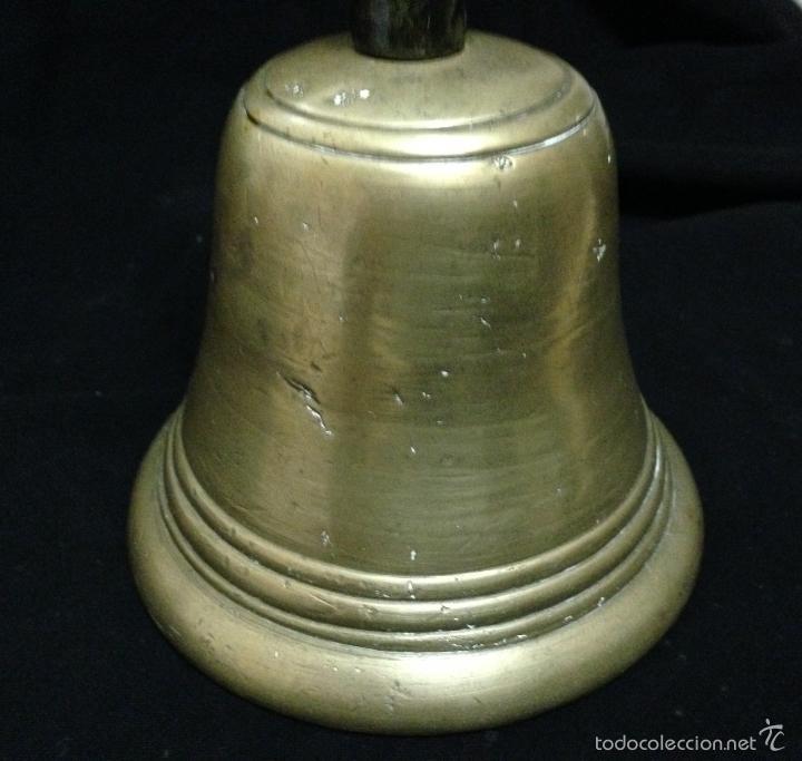 Antigüedades: ANTIGÜA CAMPANA EN BRONCE , MANGO EN MADERA . - Foto 4 - 57578372