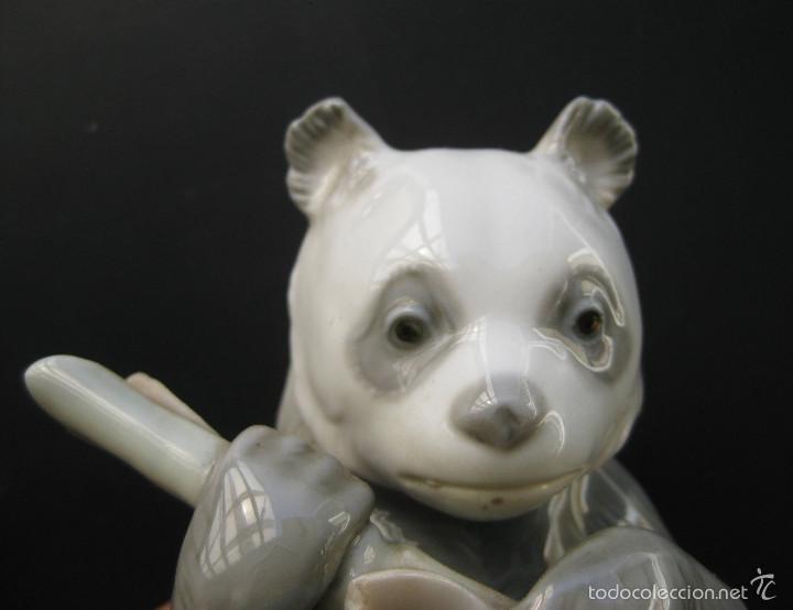 MUY MUY DIFICIL FIGURA PORCELANA NAO BY LLADRO 1970 OSO PANDA COMIENDO BAMBU (Antigüedades - Porcelanas y Cerámicas - Lladró)
