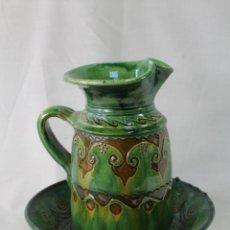 aguamanil en ceramica firmada tito-ubeda