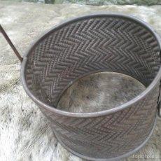 Antigüedades: MOLDE METALICO, PARA HACER QUESOS, HACIA 1930. Lote 57611670