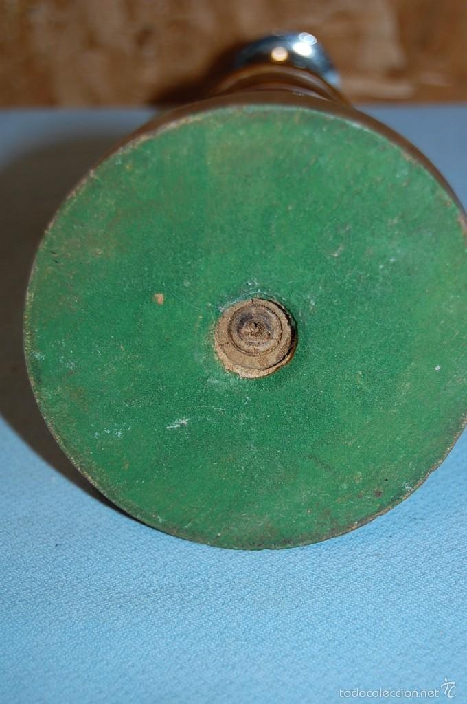 Antigüedades: PAREJA DE PORTAVELAS DE 1920 EN MADERA Y METAL - Foto 6 - 57642552