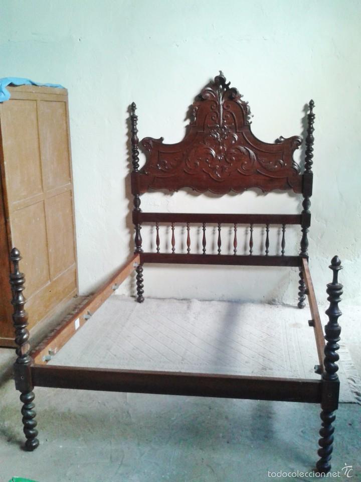 Antigüedades: Cama antigua portuguesa 150 cm. Cama estilo alfonsino isabelino barroco, cabecero antiguo rústico. - Foto 2 - 57670509