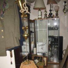 Antigüedades: LÁMPARA DE TECHO LATÓN, EXTENSIBLE CONTRAPESO BRONCE 3 LUCES TULIPA SEDA ROTA 60 CM.. Lote 57731550